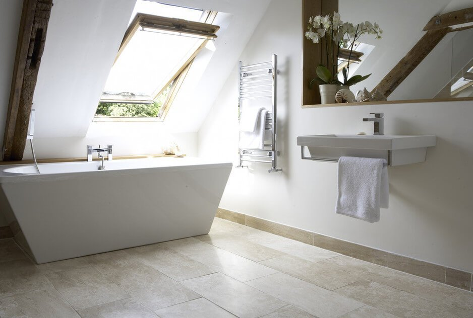10 Amazing Attic Bathroom Interior Design Ideas