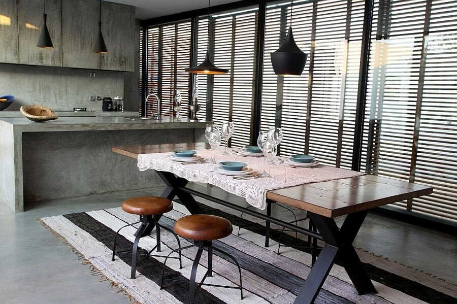 10 dramatic industrial dining room interior design ideas for Black industrial kitchen