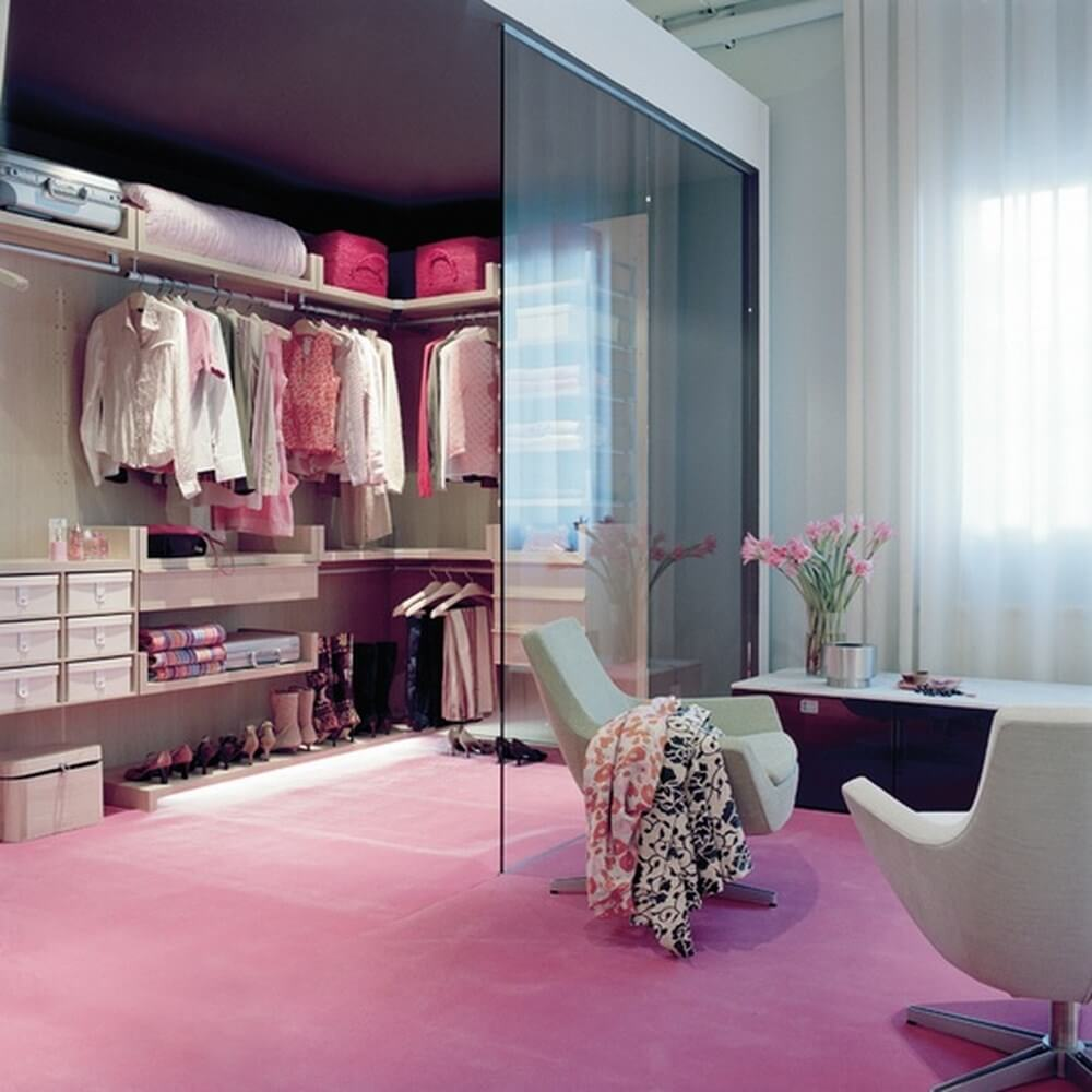10 stylish and chic walk in closet interior design ideas - Pictures of walk in closets ...