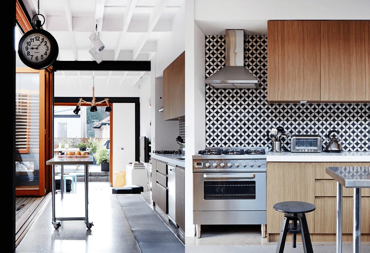 10 dramatic industrial dining room interior design ideas - Industrial modern kitchen designs ...