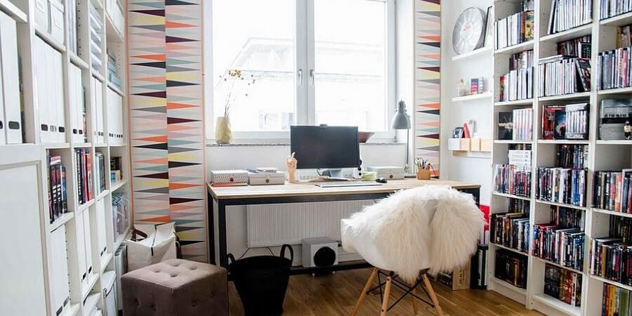9 Stylish Feminine Home Office Designs