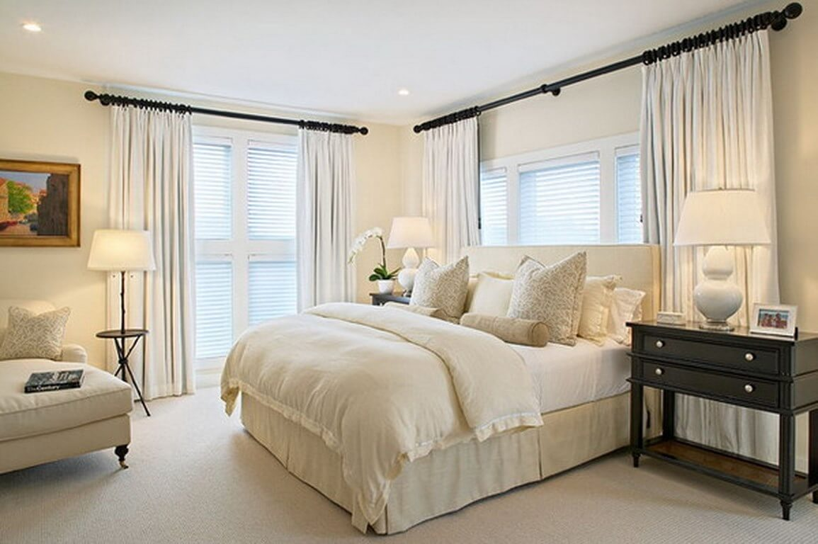 Bedroom-Decorating-Ideas-with-Curtains-and-Drapes