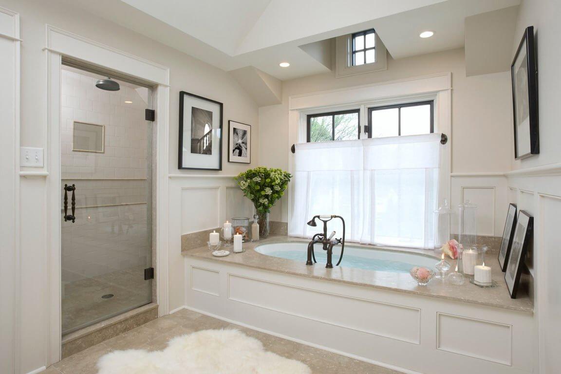 Classy Monochrome Bathroom