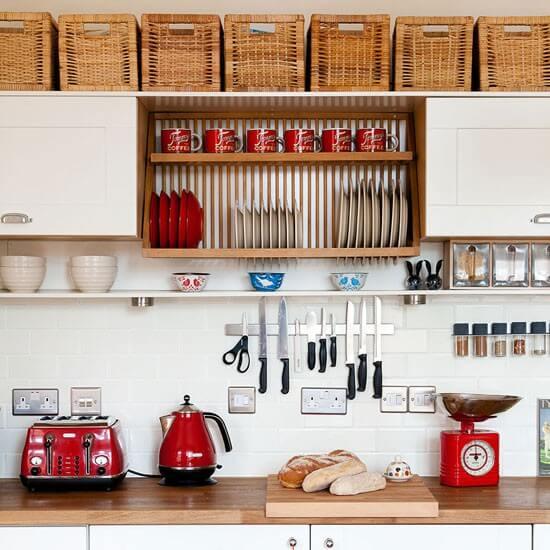 Converted-kitchen---worktop---Ideal-home