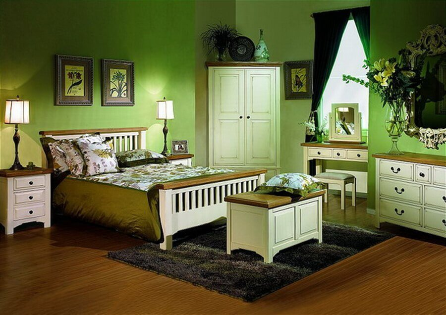 10 gorgeous green bedroom interior design ideas https for Bedroom interior designs green