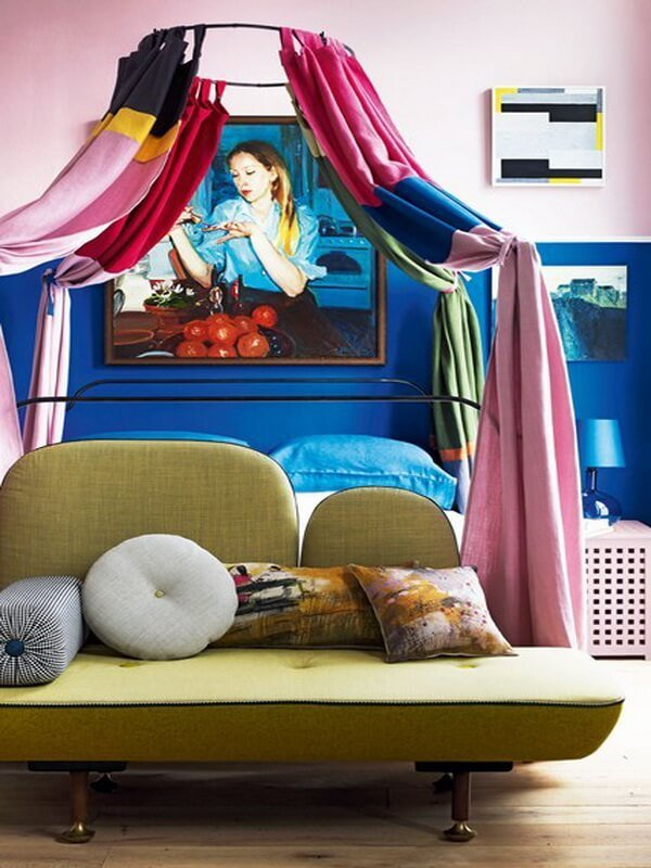 Play with colour-block fabrics, paint effects, graphic accessories and contemporary furniture to create a bedroom that's modern and bright.