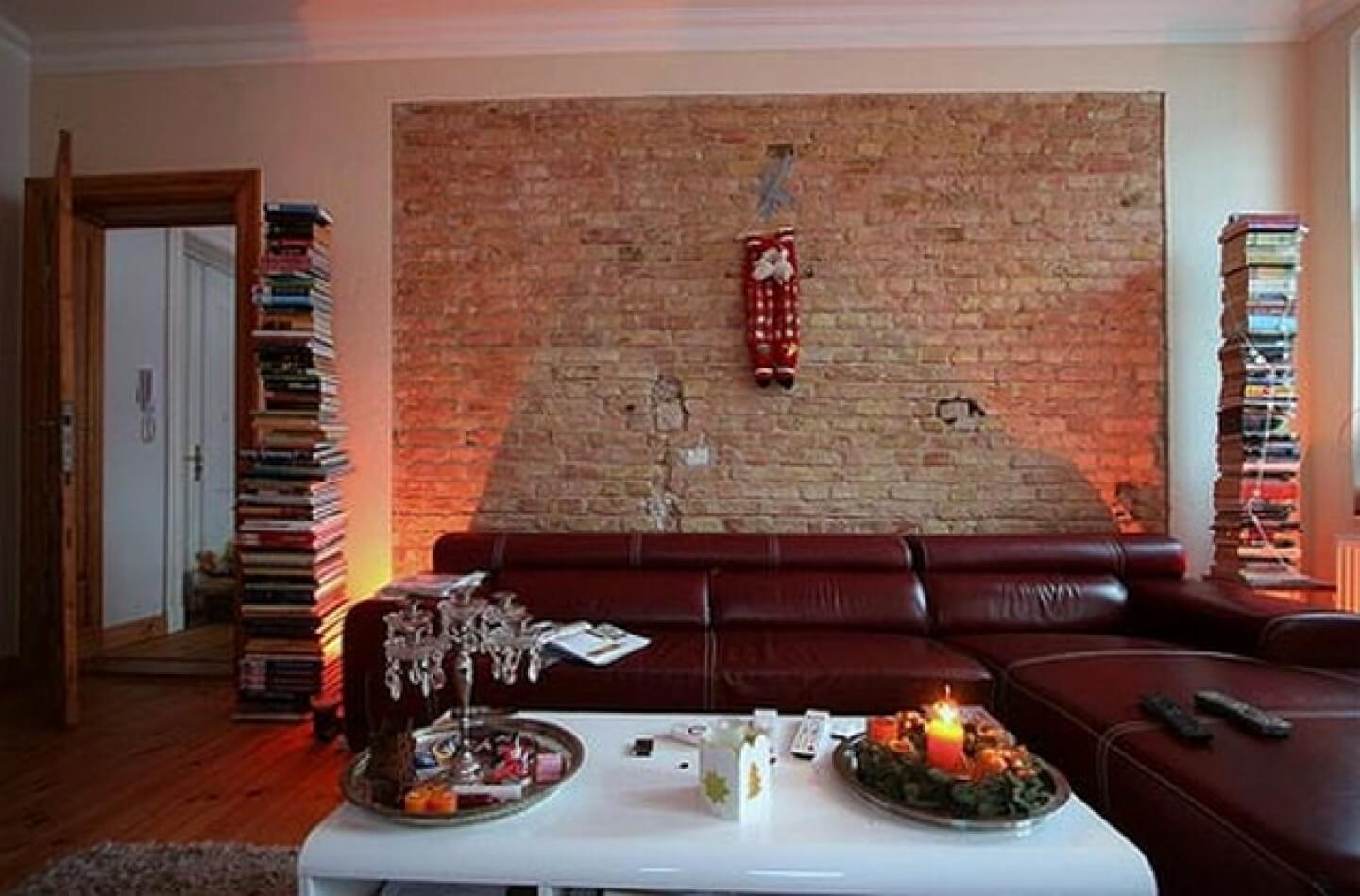 10 essential keys to creating a beautiful living room for Brick wall living room ideas