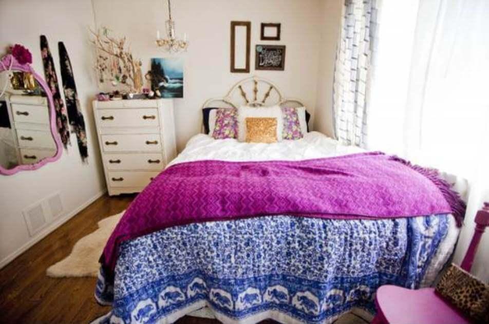Charming Bohemian Bedroom Design