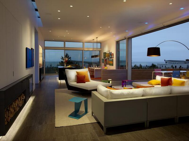 DP_SPG-Architects-Simple-living-room-with-vibrant-accents_s4x3_lg