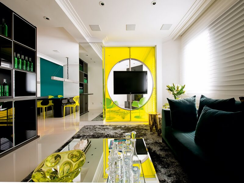 Yellow-Coloring-Stylish-Apartment-Interior