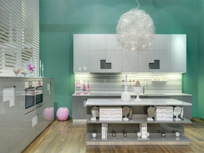 chic-retro-kitchen-interior-design-with-creative-chandelier-retro