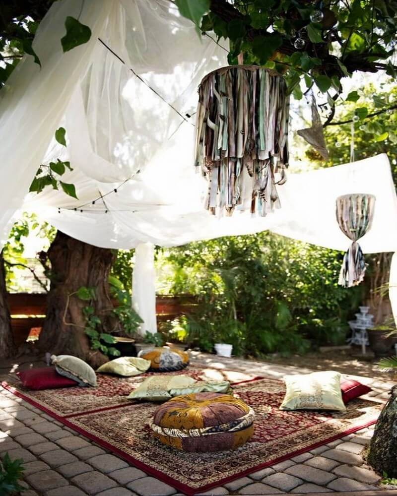 10 Charming Bohemian Patio Design Ideas - https ... on Bohemian Patio Ideas id=77418