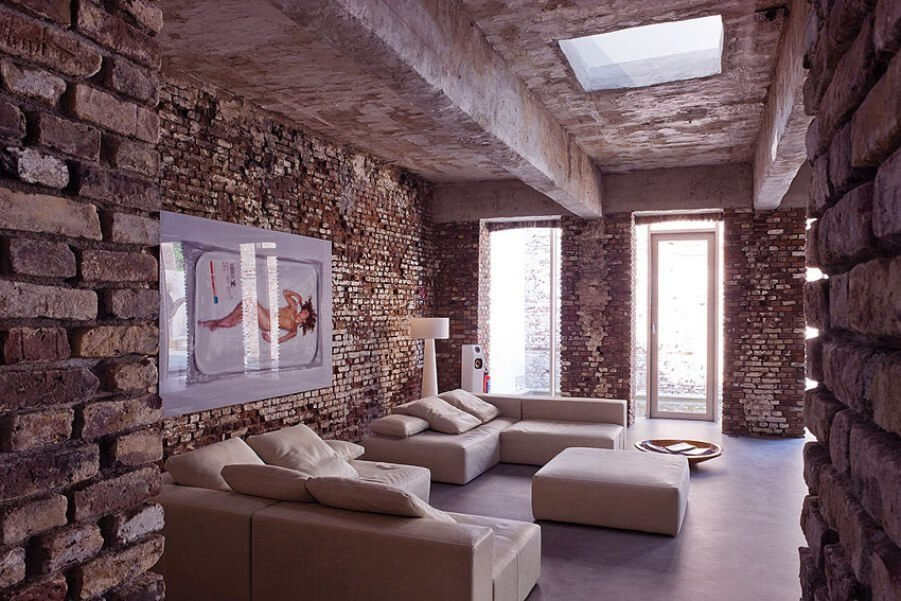 10 brick walls living room interior design ideas https for Exposed brick wall living room ideas