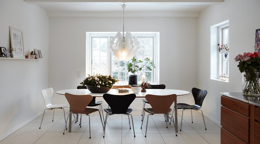 10 cool scandinavian dining room interior design ideas for Cool dining room ideas