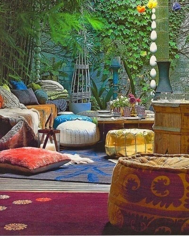 10 charming bohemian patio design ideas https for Patio and outdoor decor