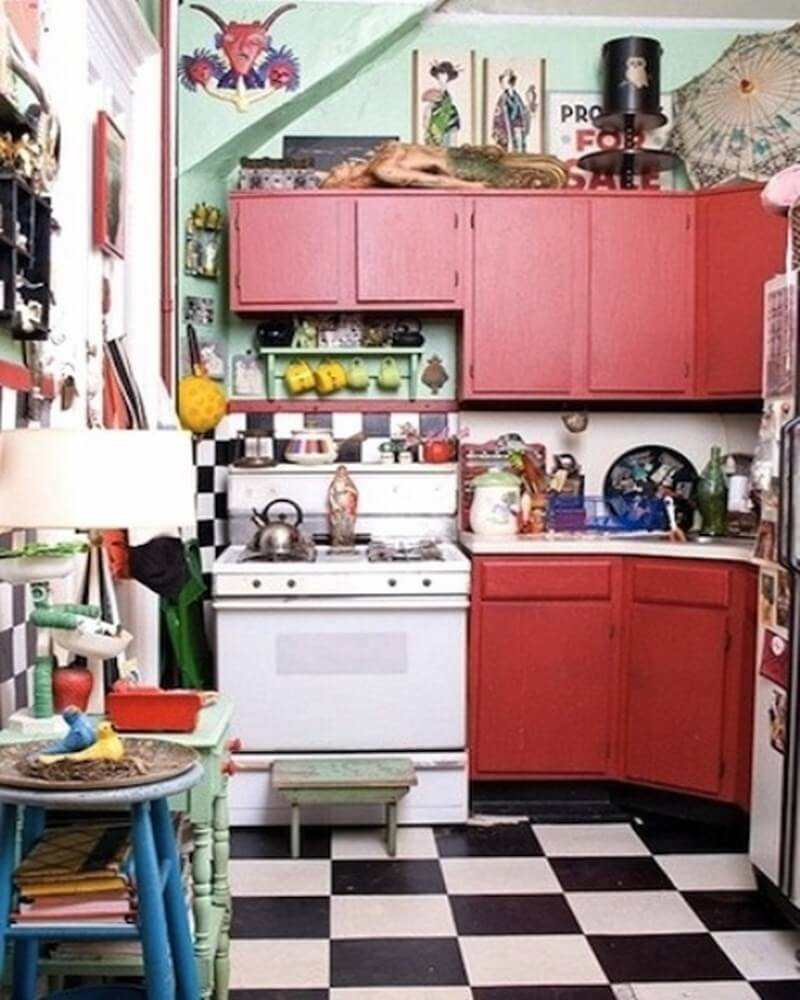 10 boho chic kitchen interior design ideas https for Small retro kitchen