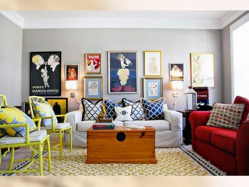 plain-living-room-with-colorful-accents