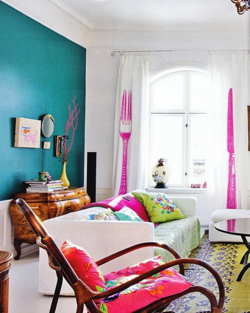 10 interesting colorful living room interior design ideas for Bright living room designs