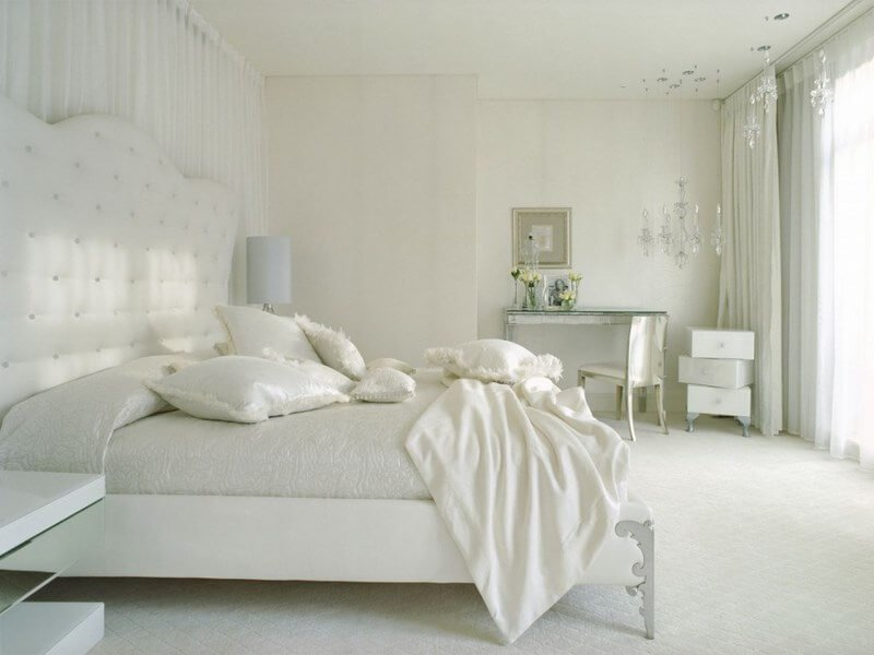 Astounishing-White-Bedroom