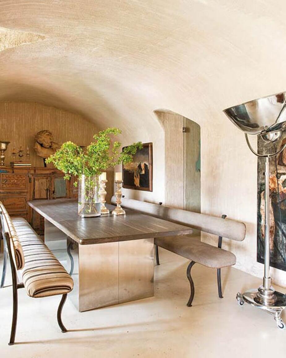 Beautiful rustic Dining Room