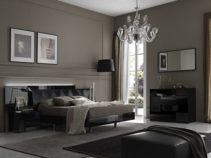 Gorgeous-Bedroom-Interior-Gray-Wall-Accents-Crystal-Chandelier-Unique-Bed-Design