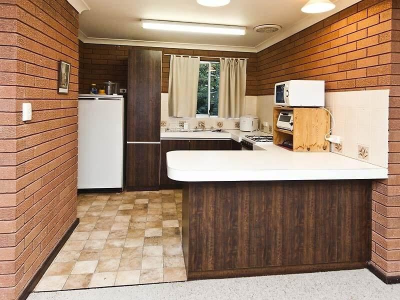 10 cool kitchen interior design ideas with brick walls
