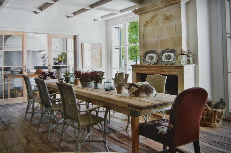 Traditional Rustic Dining Room