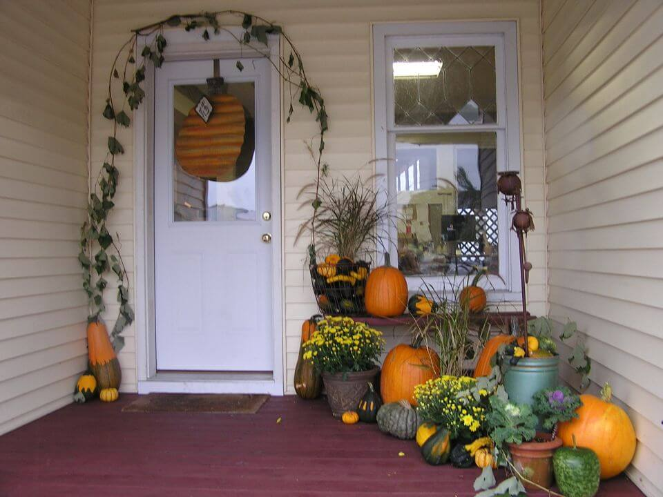 Fall Hallowen Porch Idea
