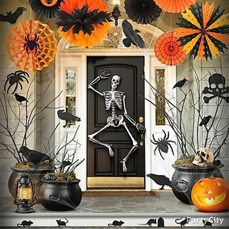 Raven Hallowen Porch Idea