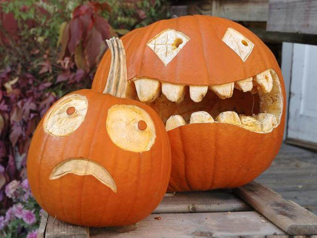 Best 12 halloween pumpkin design ideas to inspire you Halloween pumpkin carving ideas