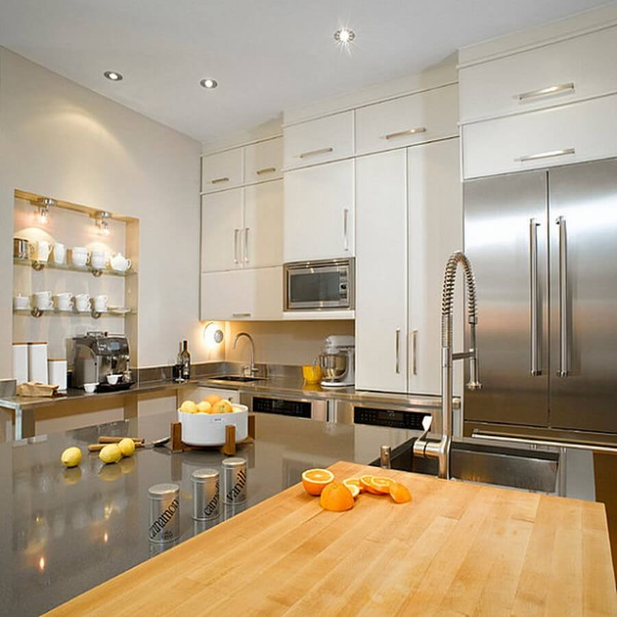 the-shiny-kitchen-metal-decor-for-your-culinary-space-15
