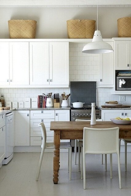 Briliant Scandinavian Rustic Kitchen