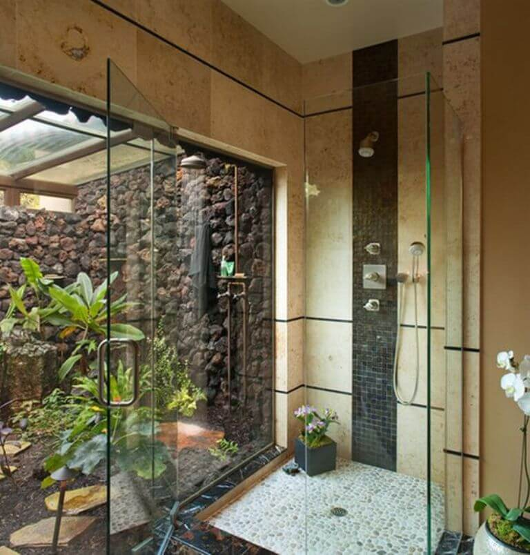Outdoor Stand Up Shower