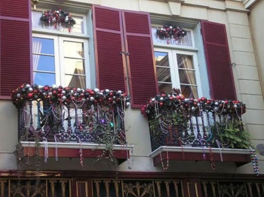 Amazing Christmas Balcony