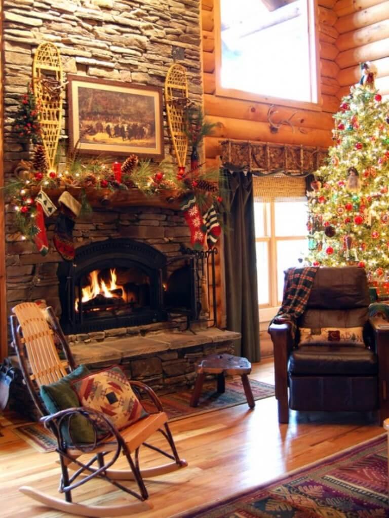 12 Dreamy And Festive Christmas Fireplace Mantel Decor Ideas