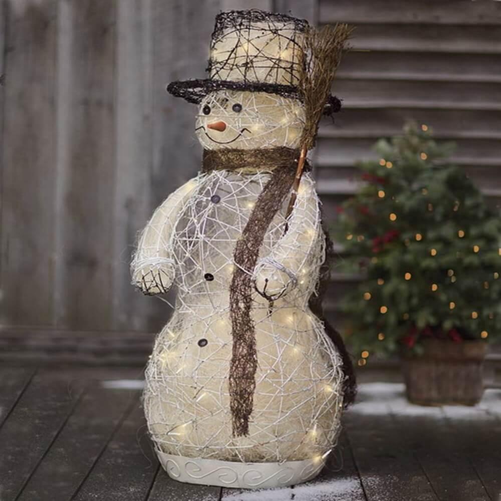 9 dreamy christmas outdoor decor ideas https for Snowman design ideas