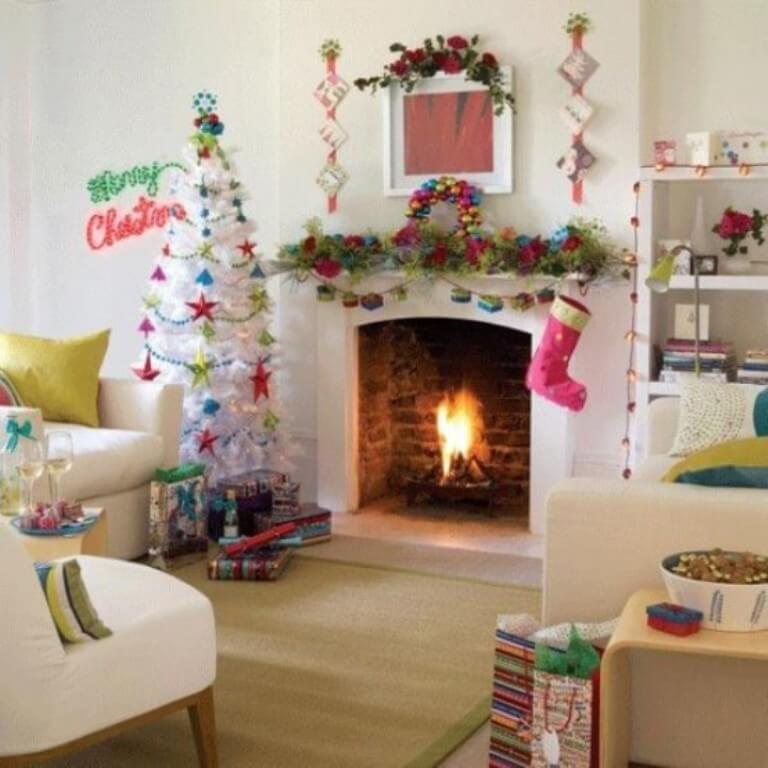 Lively Christmas Fireplace Mantel