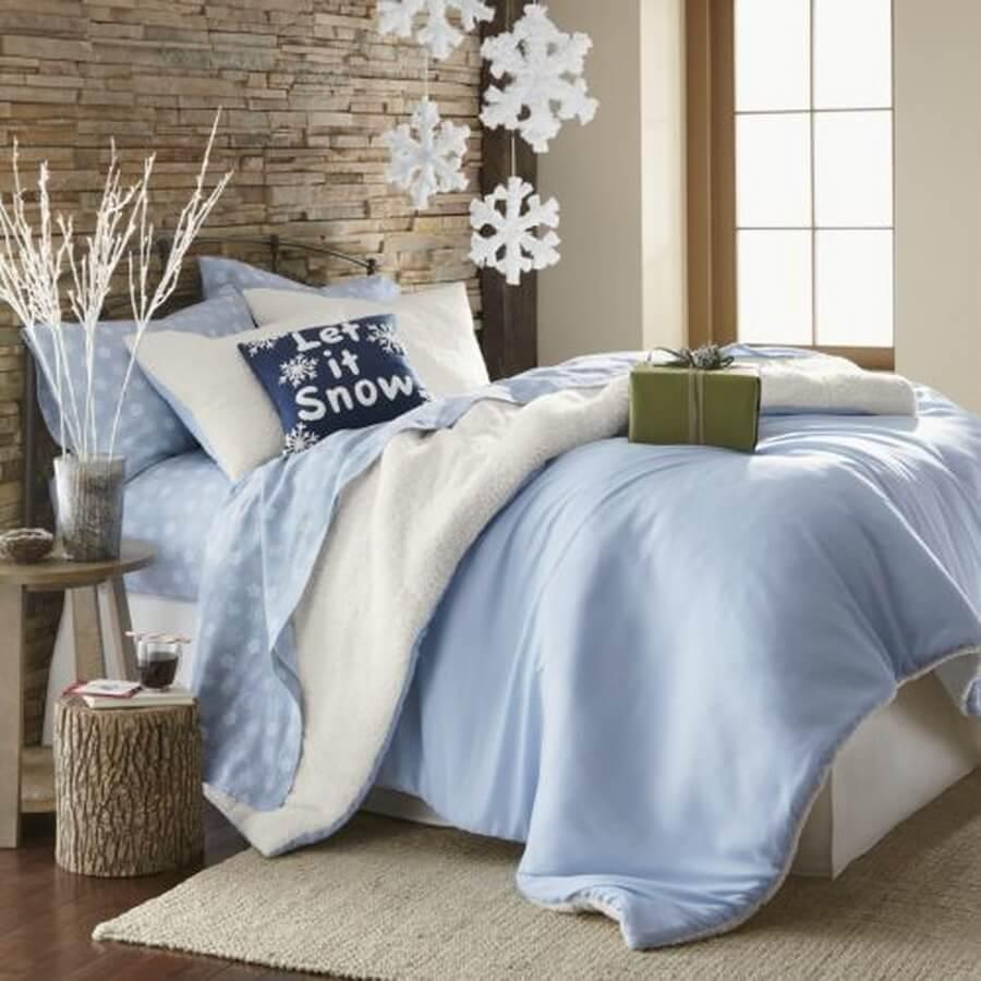 Gratifying Decorating Bedroom For Christmas