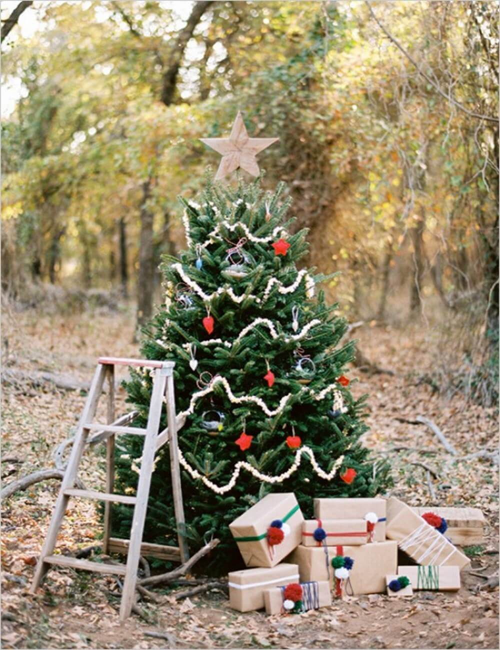 9 dreamy christmas outdoor decor ideas https Outdoor christmas tree photos