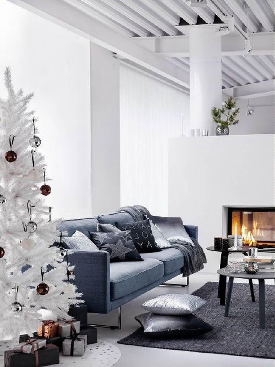 Modern white Christmas decor