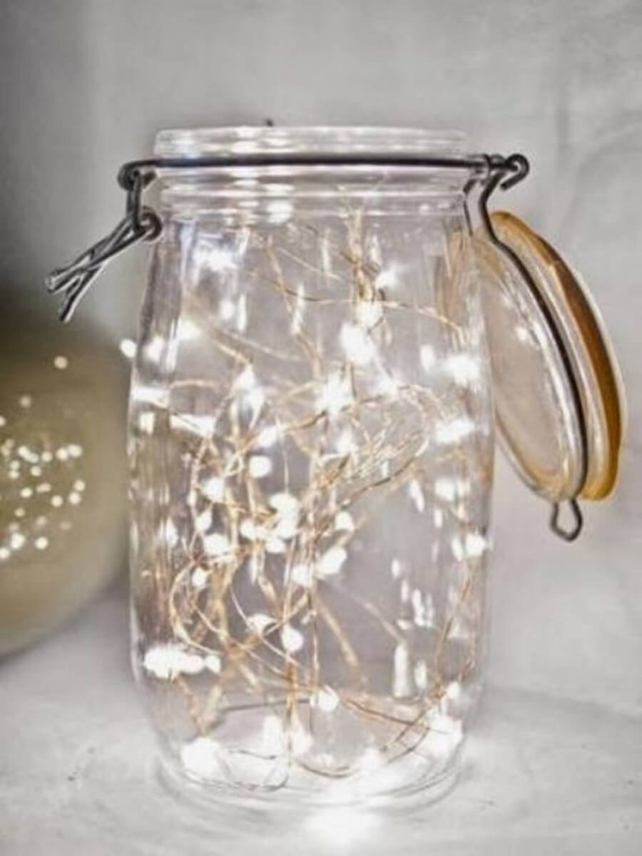 gorgeous-indoor-decor-ideas-with-christmas-lights-7