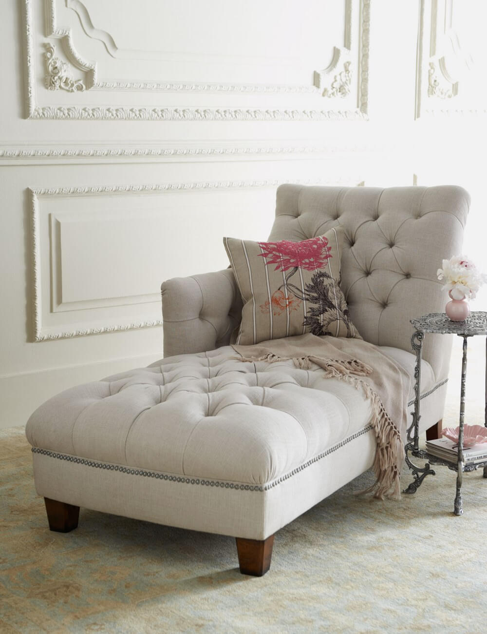 10 incredible bedroom chaise lounge designs https for Chaise design coloree