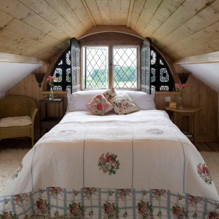 Cottage-Inspired-Attic-Bedroom