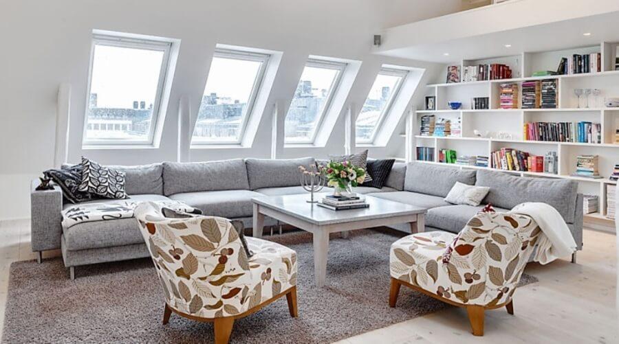 15 Utterly Bold And Sleek Attic Living Room Design Ideas