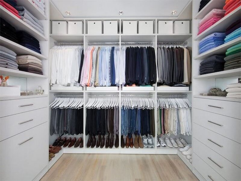 Simple walk in closet ideas images for Simple closet ideas