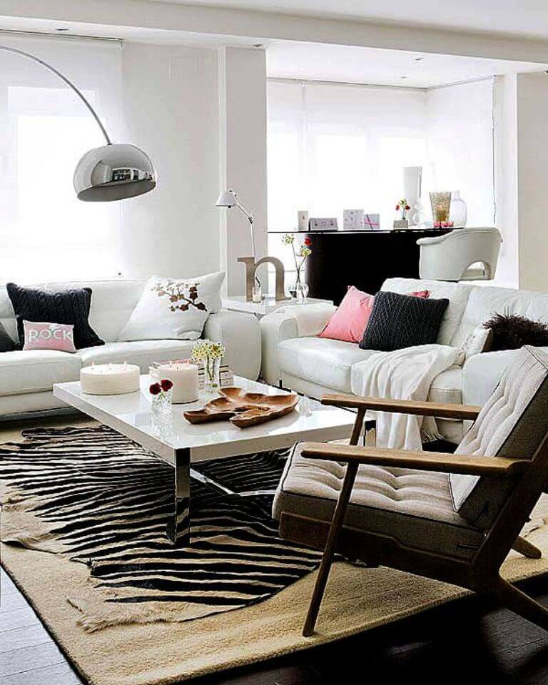 Chic effect zebra print accents in 10 sensational living for Modern living room rugs