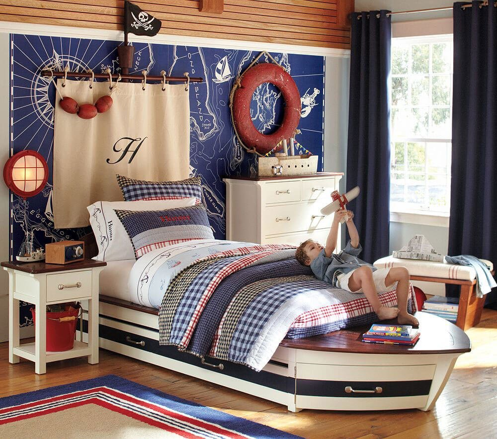 8 fun pirate themed bedroom designs for kids https for Kid room decor