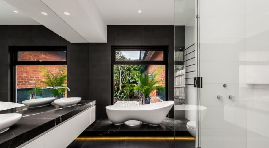 Sharp High Contrast Bathroom