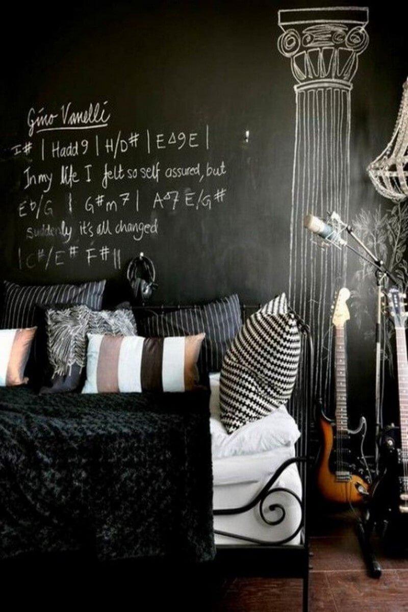 cool-chalkboard-bedroom-decor-ideas-to-rock-7-554x723