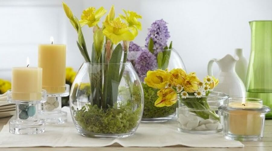 12 delightful spring flower decorations for your home for Decoration with flowers